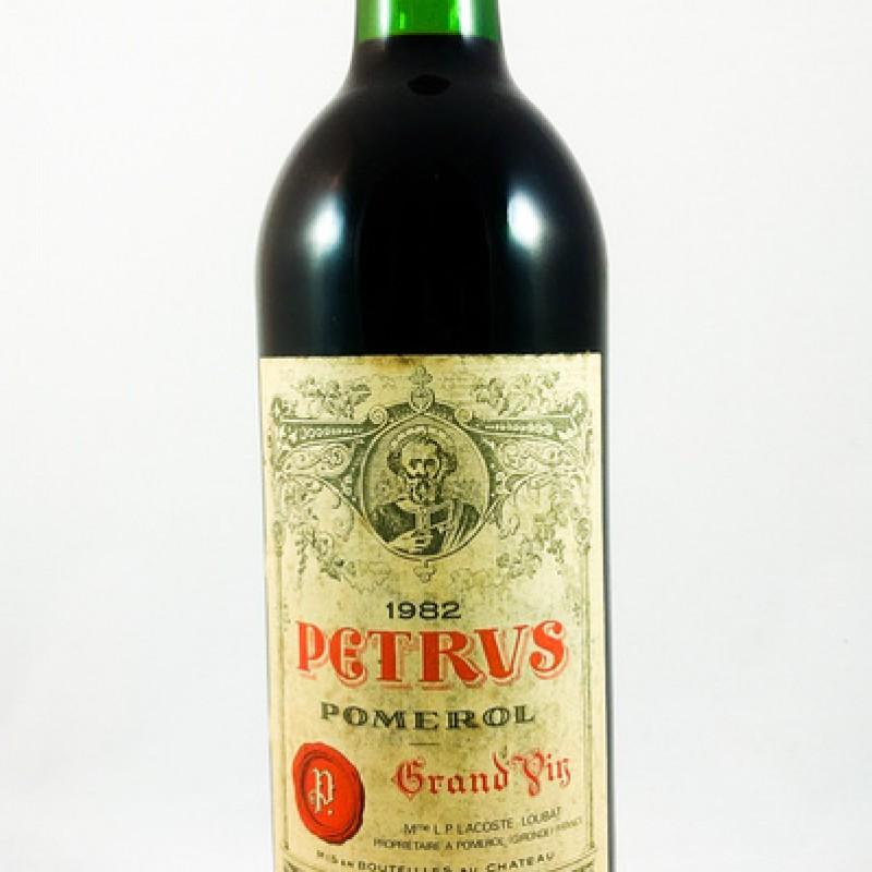 Pétrus --- Pomerol --- 1982 --- 75 cl