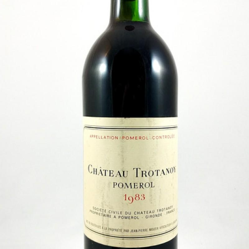 Château Trotanoy -- Pomerol -- 1983 -- 75 cl